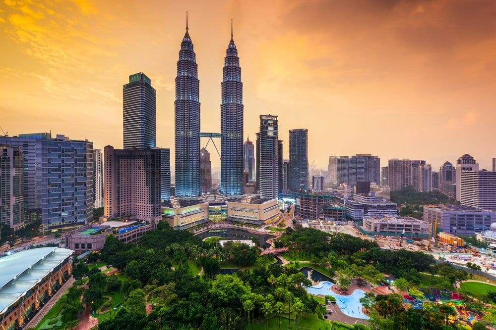 Where to stay in Kuala Lumpur - They are a beauty - the Twin Towers @shutterstock