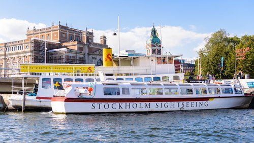 Boat tours in Stockholm @shutterstock