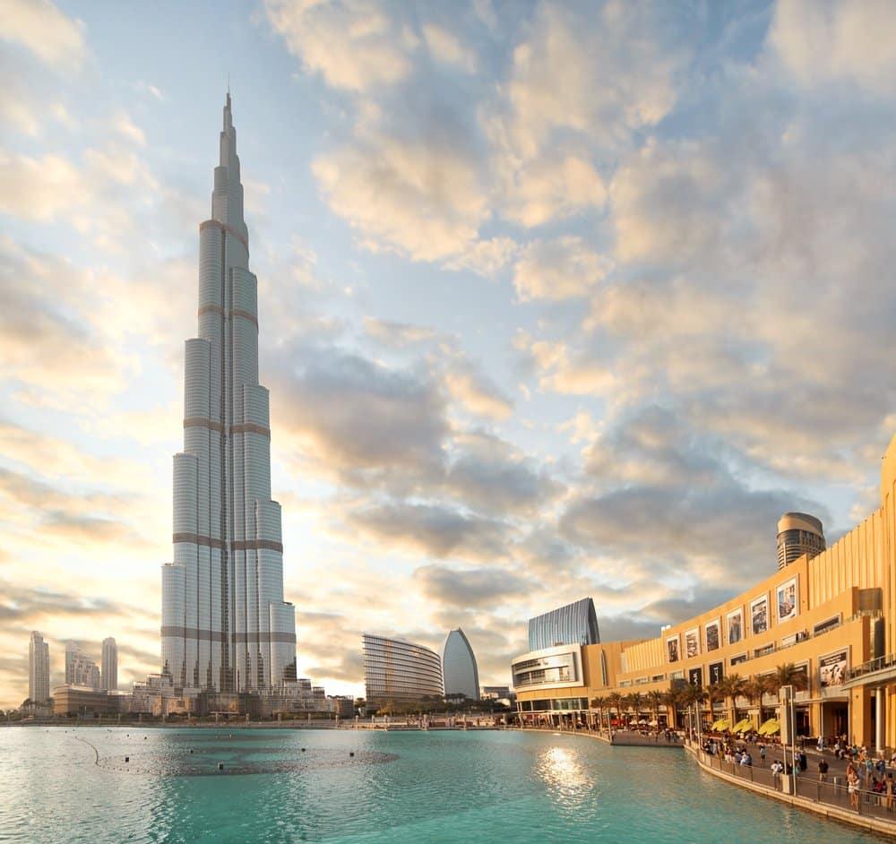 Dubai Downtown, Burj Khalifa @shutterstock