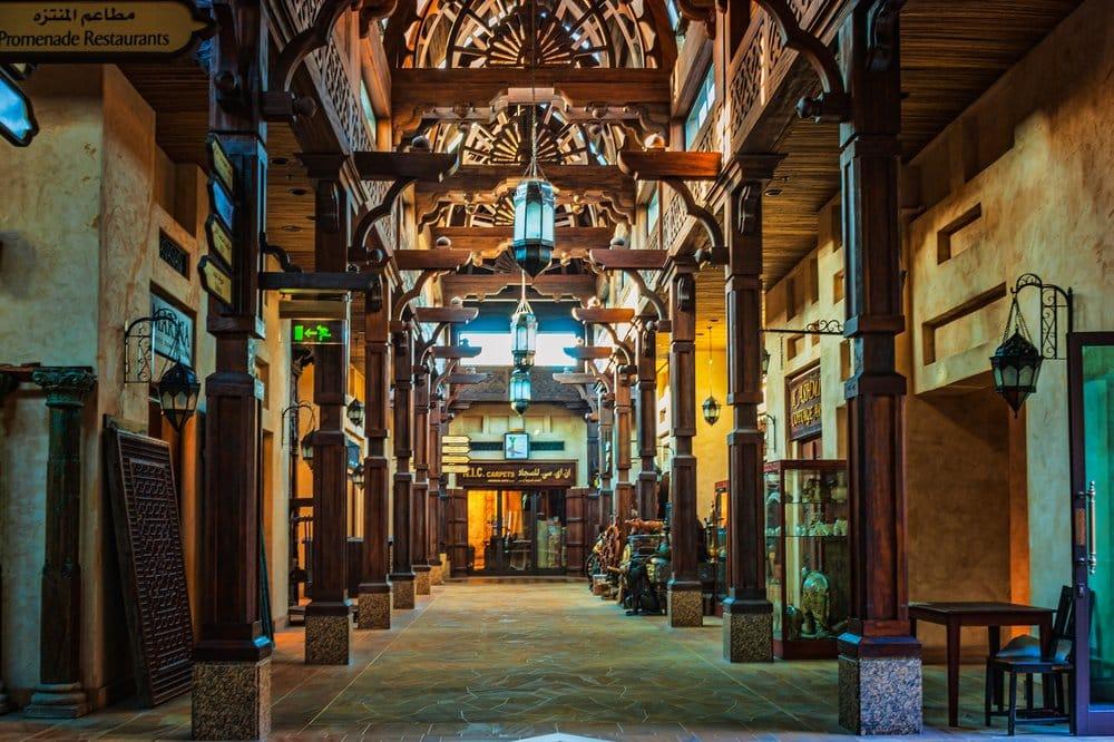 Dubai - Madinat Jumeirah @shutterstock