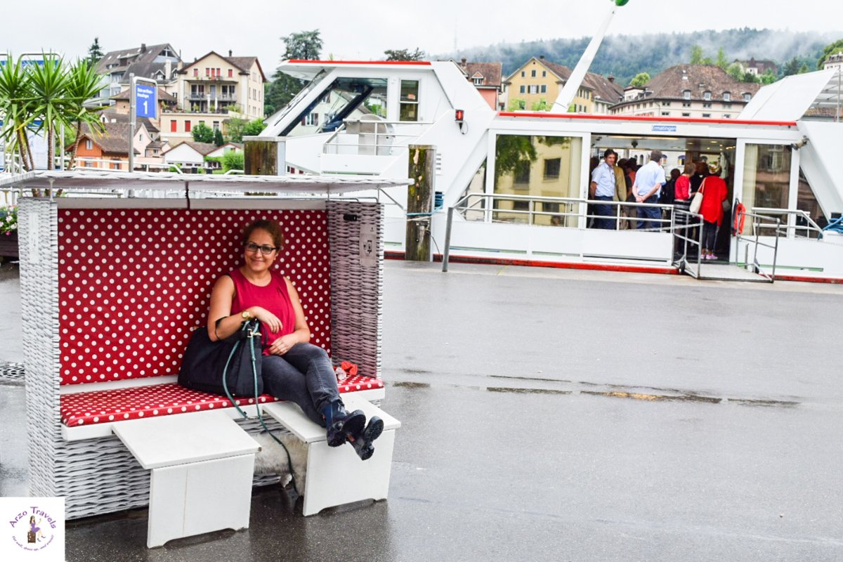 What should i do in Schaffhausen, Stroll along the Rhine river