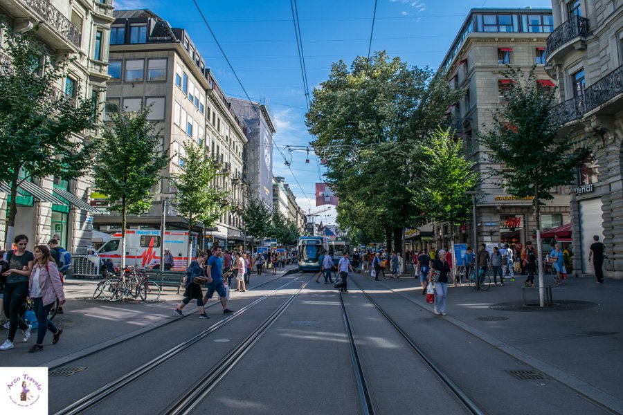 Zurich points of interest - places to visit in Zurich - the Bahnhofsstrasse