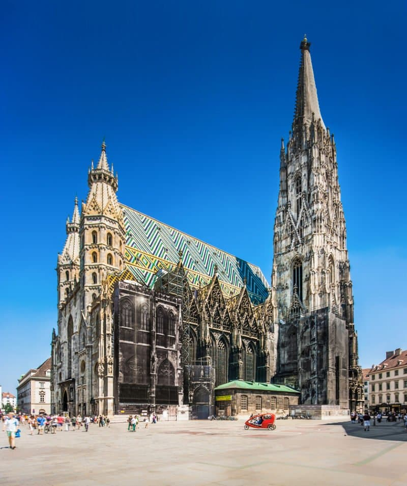Stephansdom Cathedral in Vienna @shutterstock