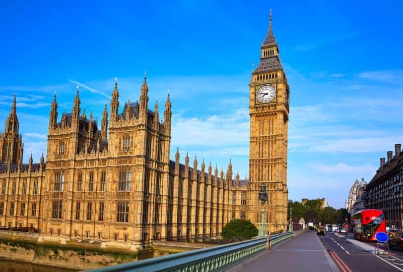 Big Ben A.K.A Elizabeth Tower in London @shutterstock