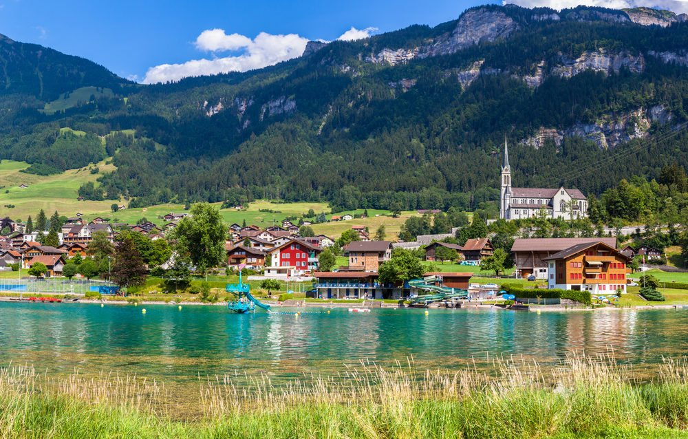 What to visit in Interlaken, fun things to do in Interlaken, interlaken Switzerland points of interest