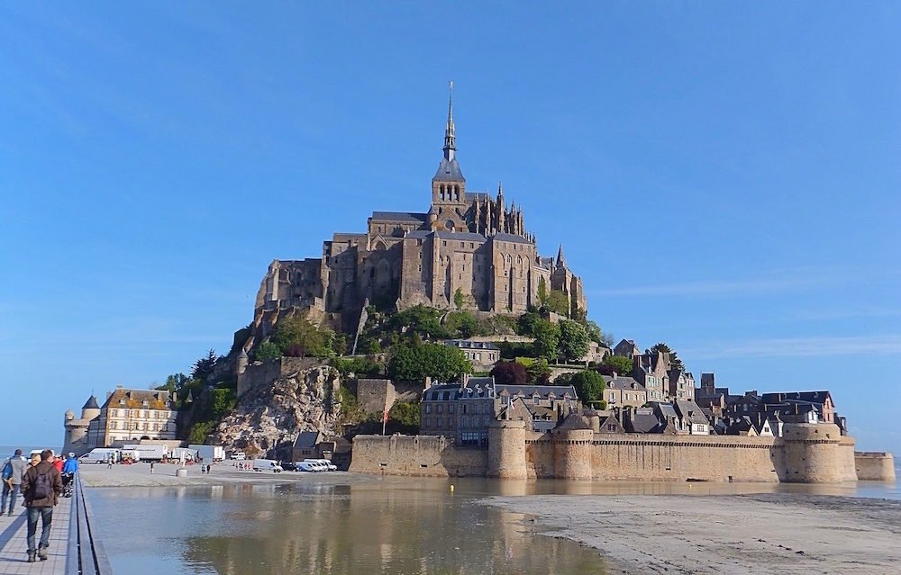 From Paris to Mont Saint Michel