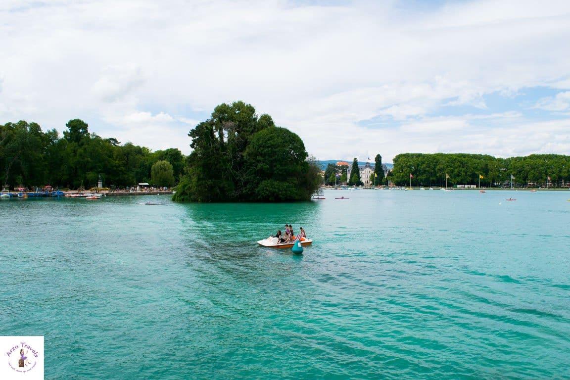 Water activities in Annecy