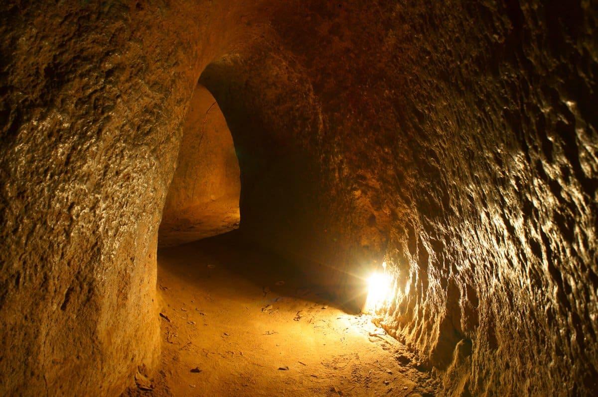 Cu Chi Tunnels @shutterstock