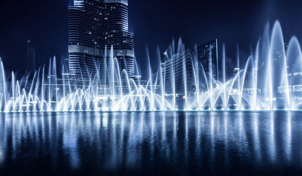 Waterfall show in front of Burj Khalifa