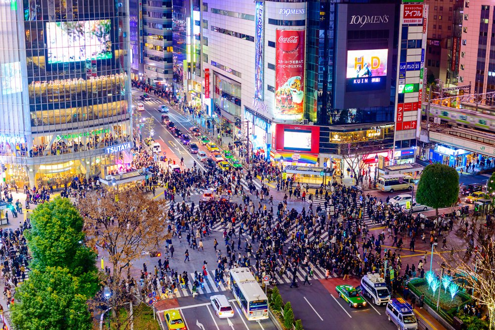 @shutterstock SHIBUYA CROSSING from above