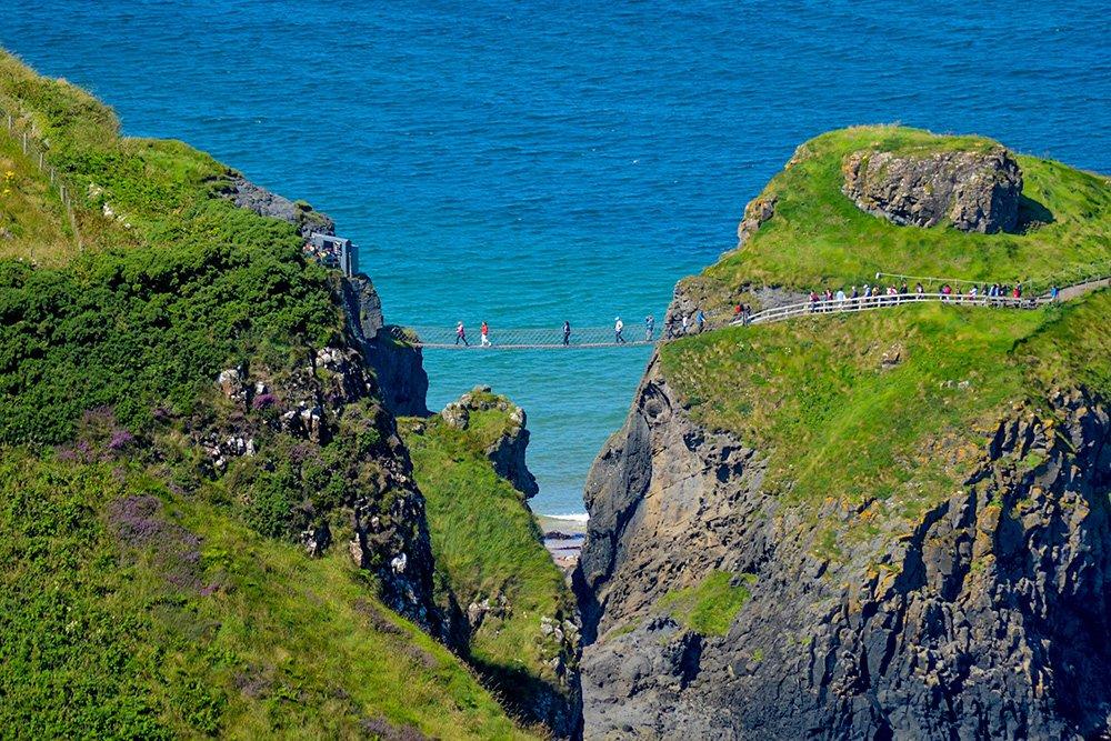 Causeway Coast - Best places to visit in Northern Ireland