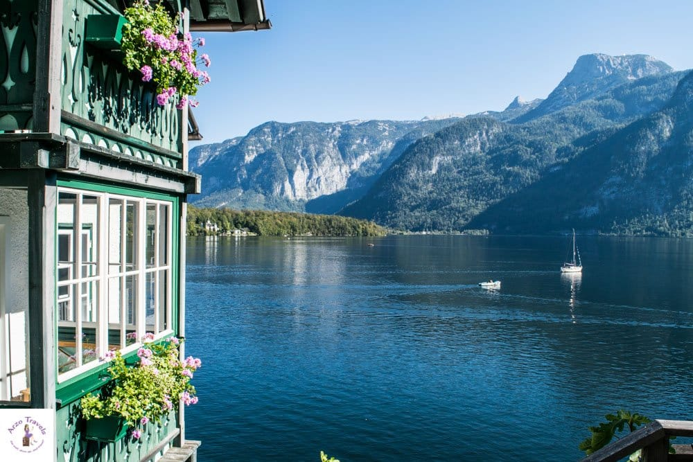 Stroll Hallstatt and more tourists points