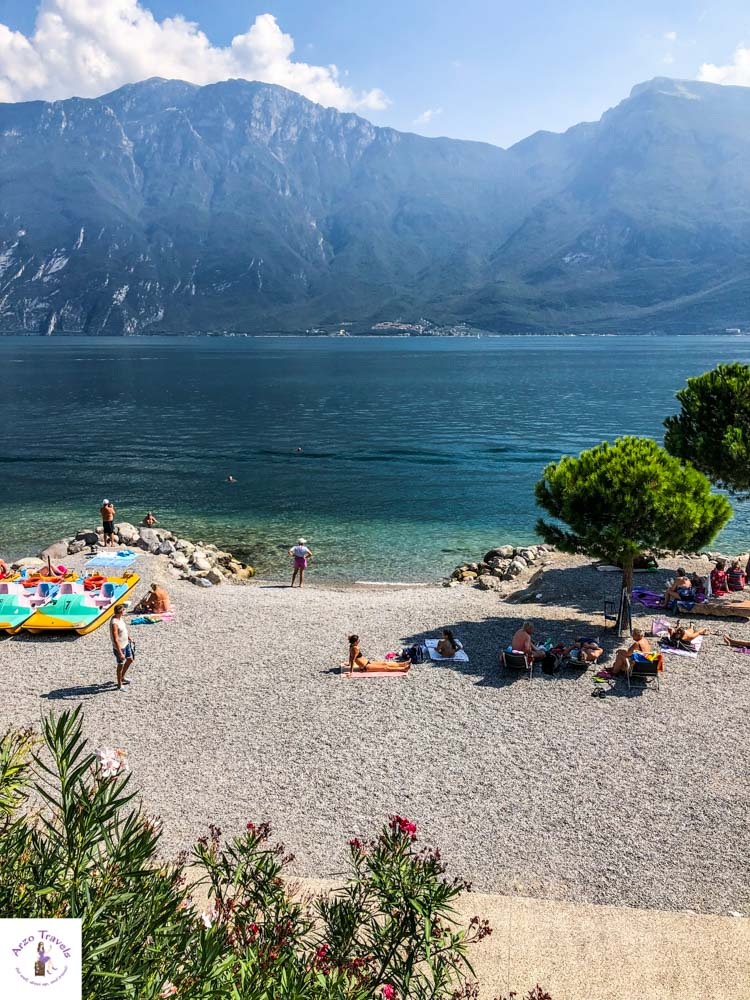Strand in Limone