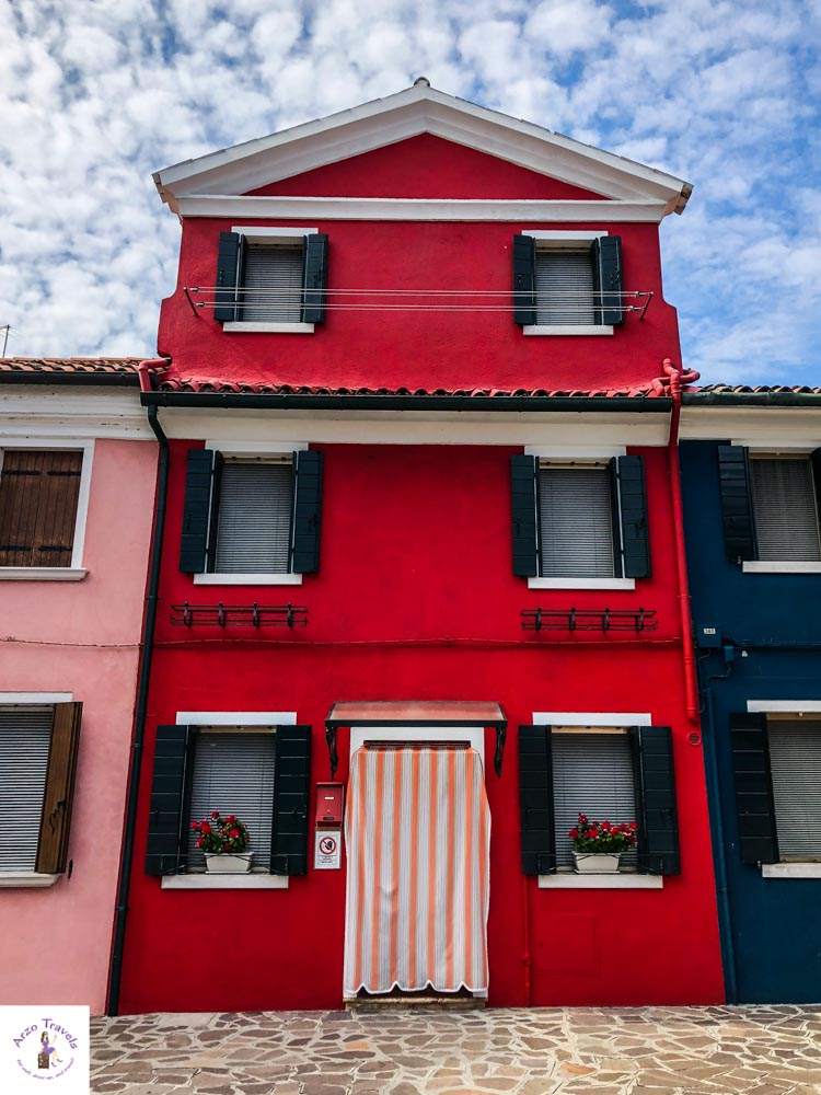 Die schönsten Häuser in Burano, Italien