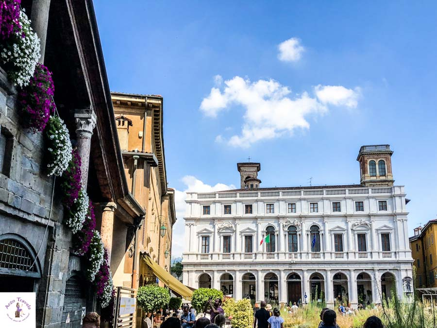 Market square, the best places to visit in Bergamo