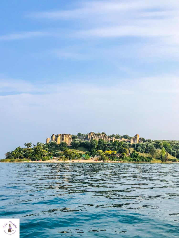 Best tourist attractions in Sirmione, Lake Grada