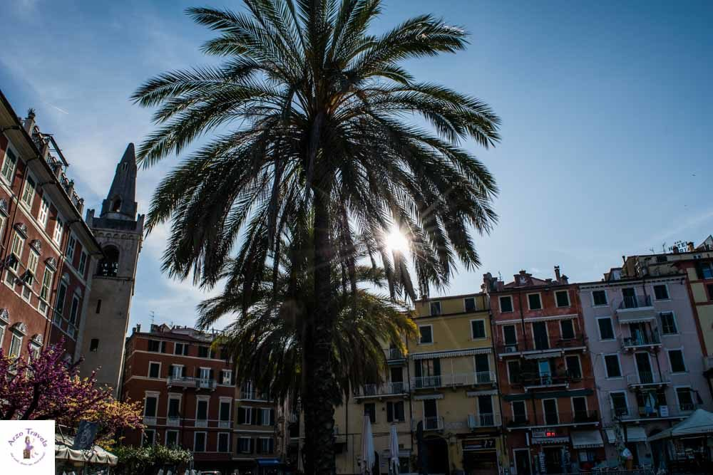 Lerici piazza in Liguria