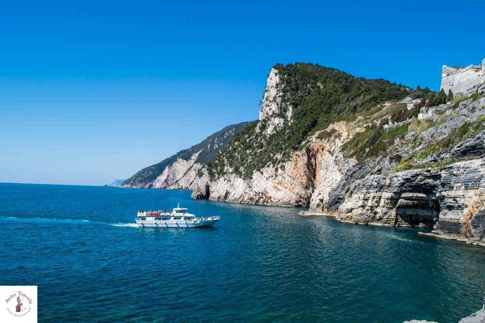 Grotta di Lord Bayron in Porto Venere with a boat