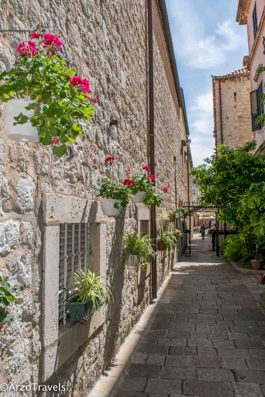 Dubrovnik old town - strolling the streets is one the best things to do