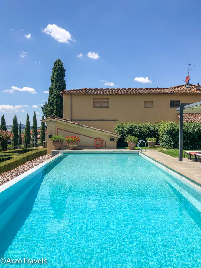Pool at Ruffinio Relais in Tuscany estate with Arzo Travels