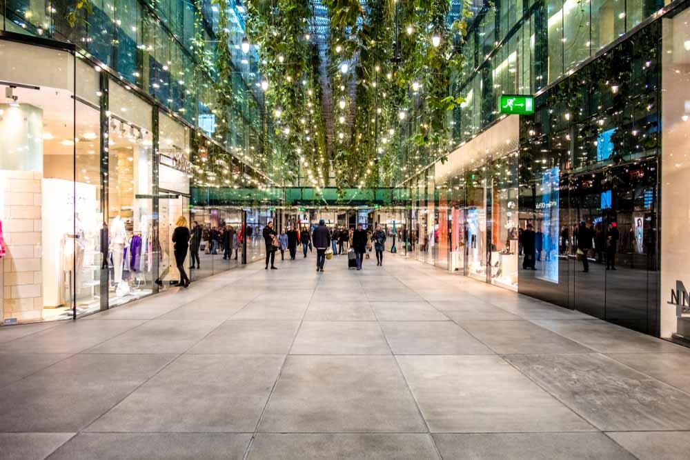 Shopping in Munich is a fun winter activity_