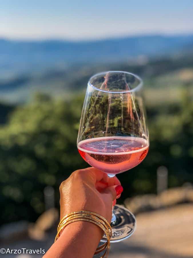 Wine tasting at Ruffinio Relais Tuscany estate