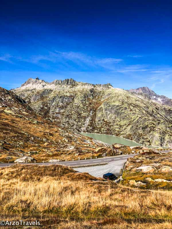Things to know before driving in mountains in Switzerland