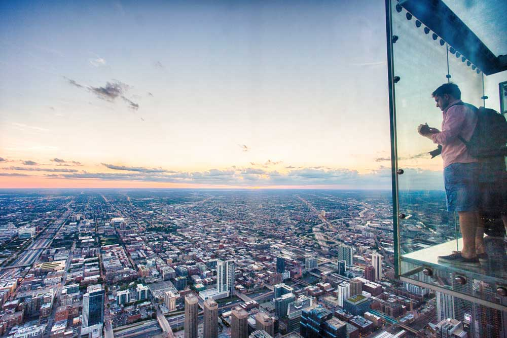 Willis Tower Skydeck fun activity in 3 days