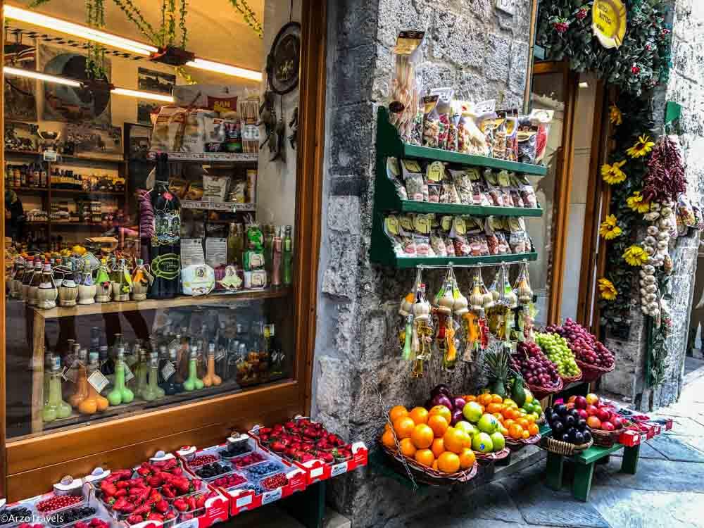 Shops in Siena