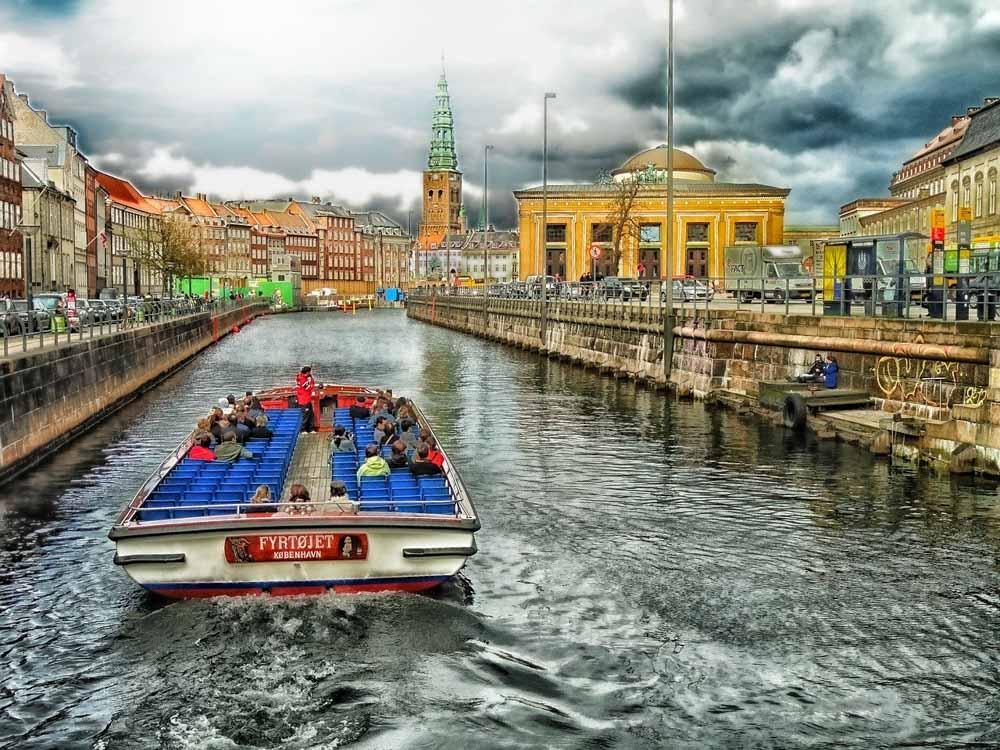 Canal Cruise in Copenhagen