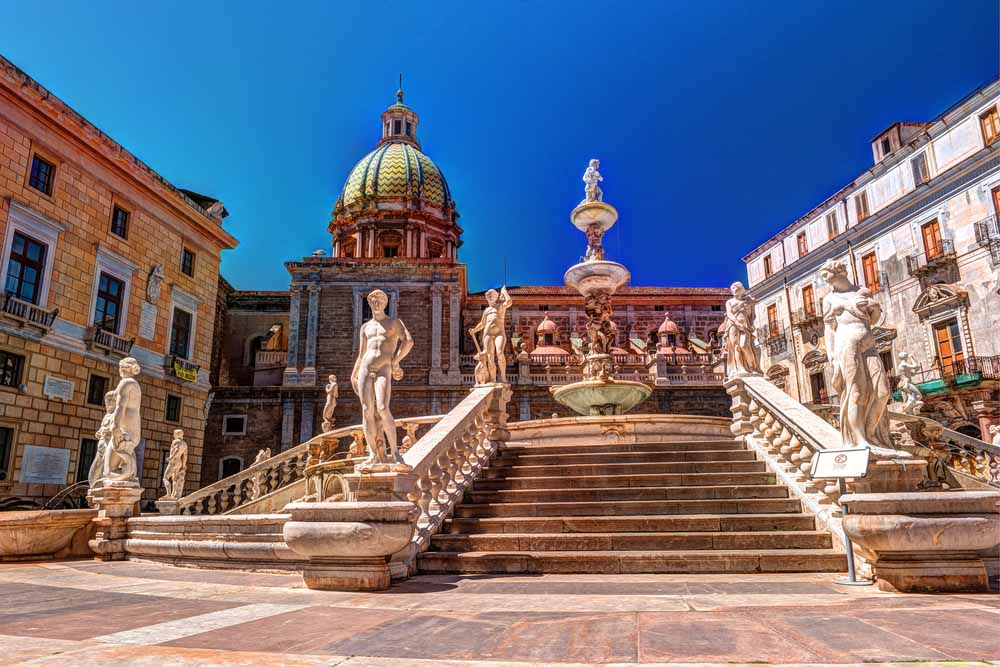 Famous fountain of shame on baroque Piazza Pretoria, Palermo, Sicily, Italy