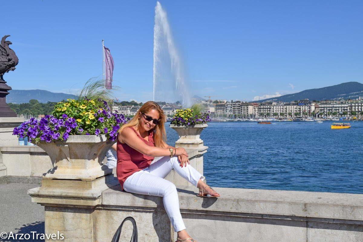 Lake Geneva with fountain in beackground, Arzo Travels