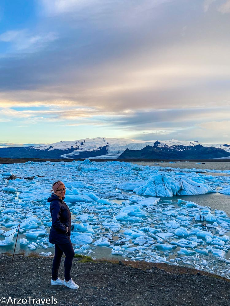 Iceland glacier beach in 5 days in Iceland with arzo travels