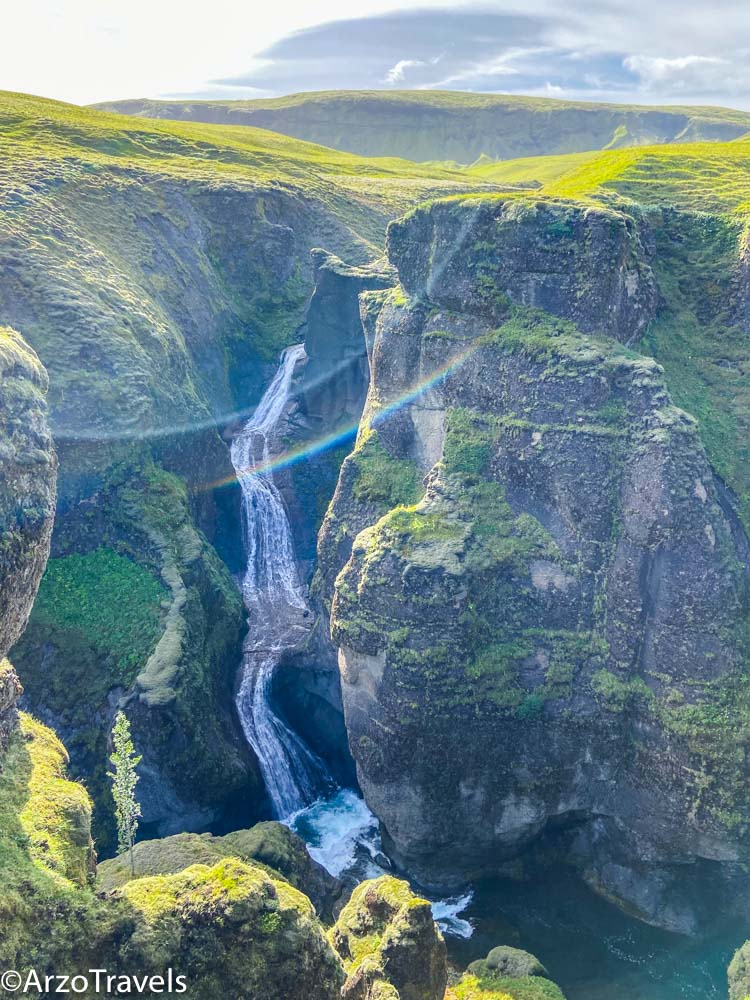 Fjaðrárgljúfur Canyon. Mountains and waterfall are free places to visit in 5 days in Iceland