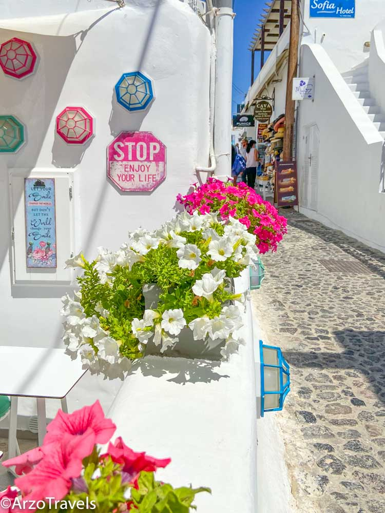 Best things to do in Santorini, Greece with Arzo Travels
