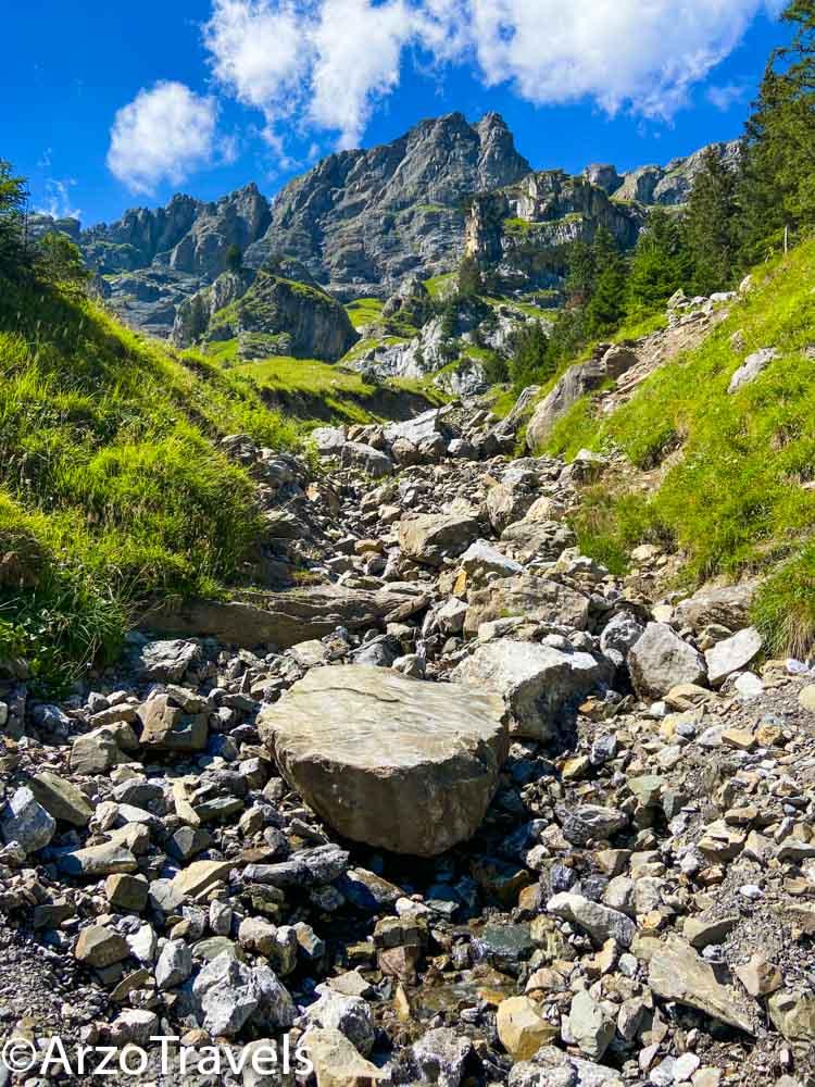 Hiking at Lake Oeschinen in Kandersteg, intermediate hike, Arzo Travels